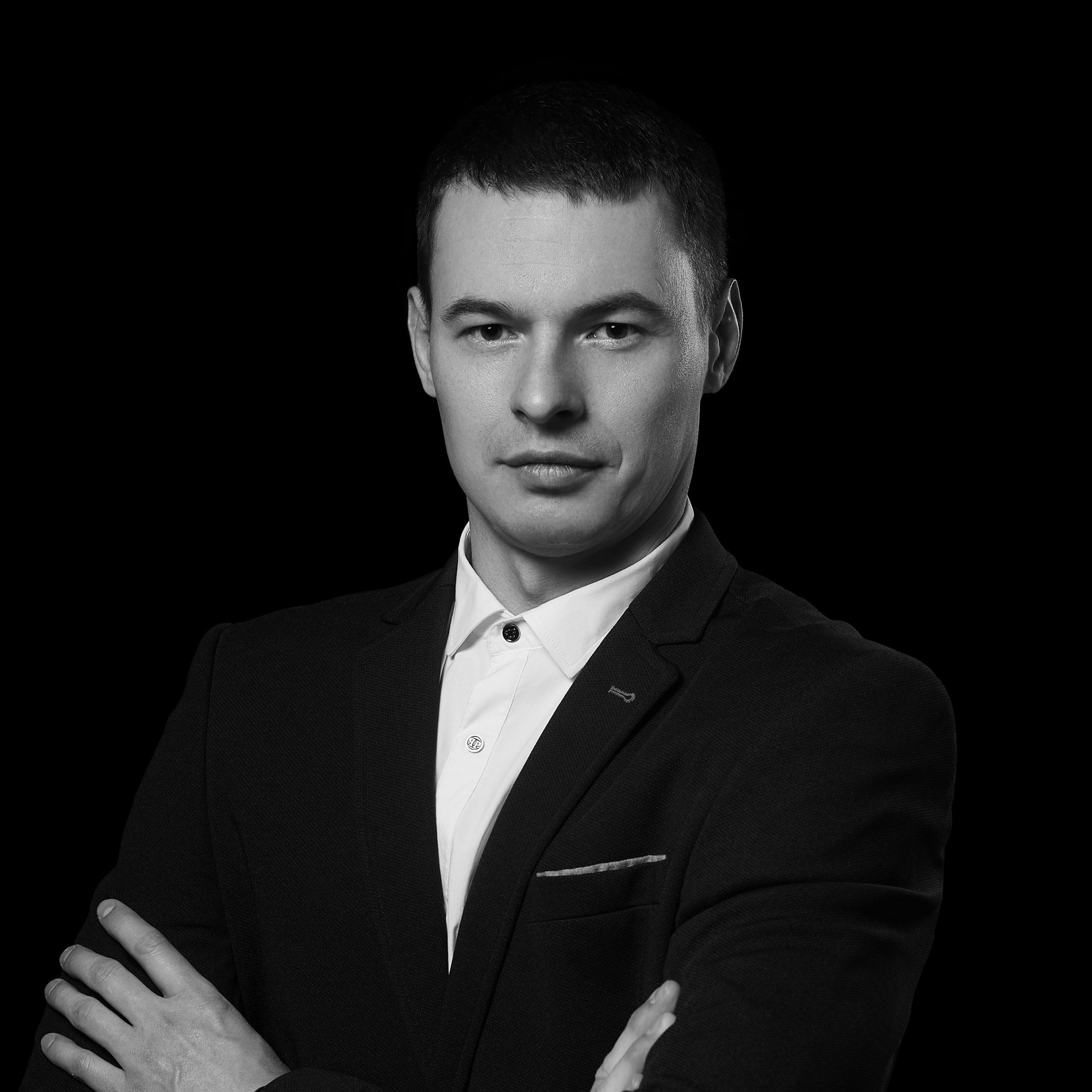 Денис Бастрикін